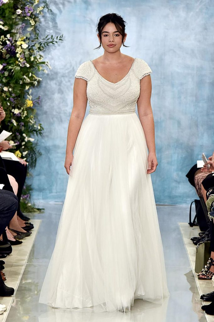 PLUS SIZE BRIDAL COLLECTION | Theia Plus Size Capsule Collection | Pretty Pear Bride