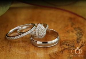 plus size bride, engagement ring, wedding bangs, plus size engagement rings, plus size wedding bands