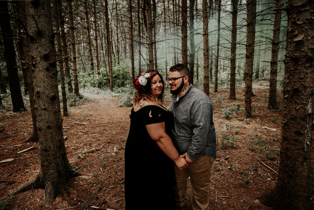 plus size bride, curvy bride, pretty pear bride, plus size engagement
