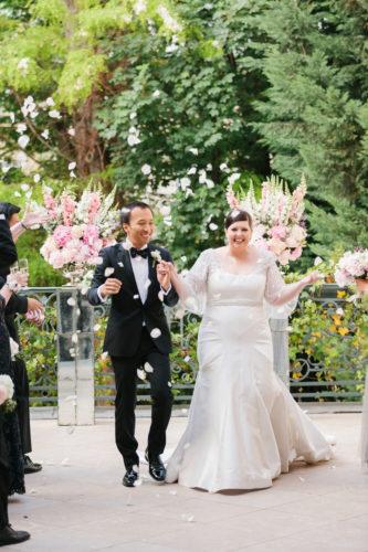 REAL WEDDING | Romantic and Intimate Parisian Wedding | I Heart Paris | Pretty Pear Bride