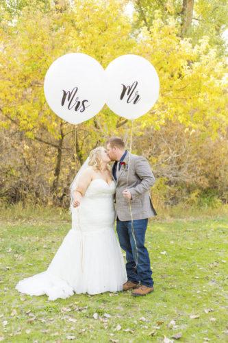 plus size bride, fall wedding, rustic wedding, sunflower wedding