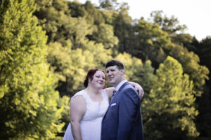 REAL WEDDING   Outdoors Ohio Wedding   Carrie Over Photography   Pretty Pear Bride
