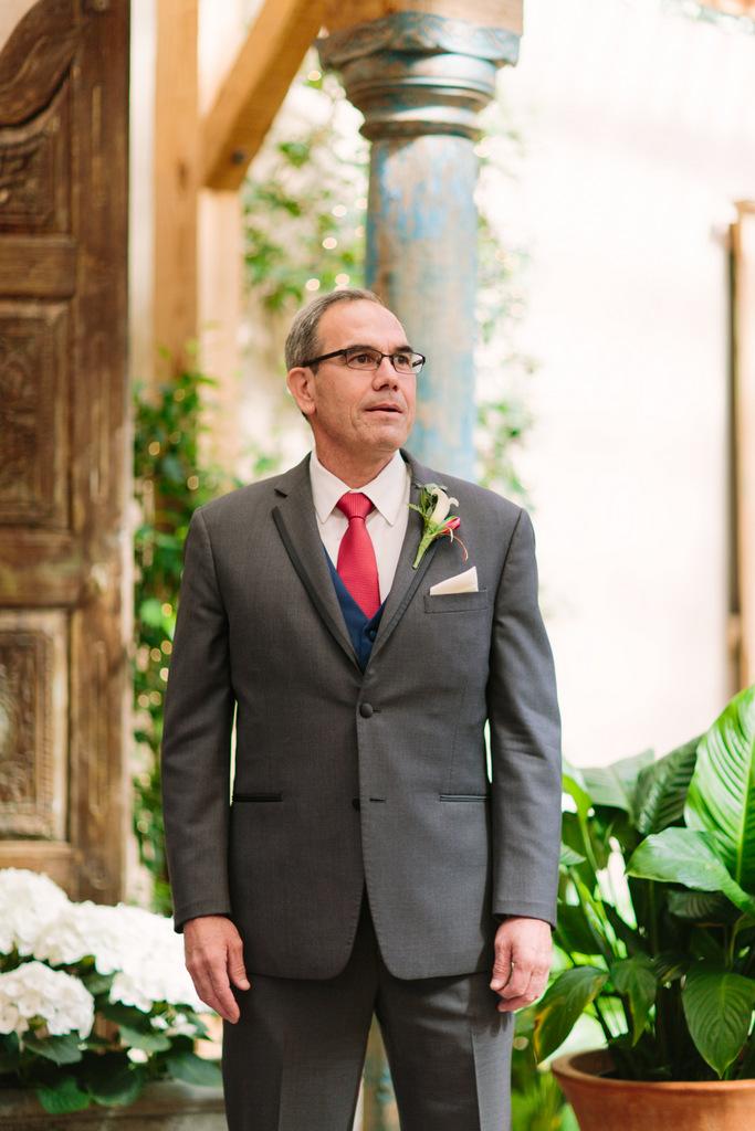 plus size bride, california wedding, plus size wedding, colorful wedding