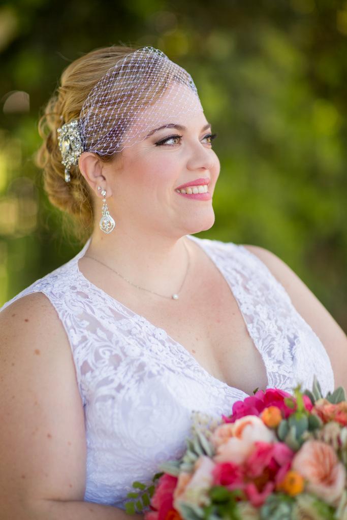 REAL WEDDING | Vintage Afternoon Tea Wedding in California | France Photographers | Pretty Pear Bride