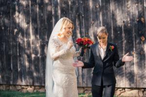 REAL WEDDING   Hints of Fall Massachusetts Wedding   Lightshed Photography Studio   Pretty Pear Bride