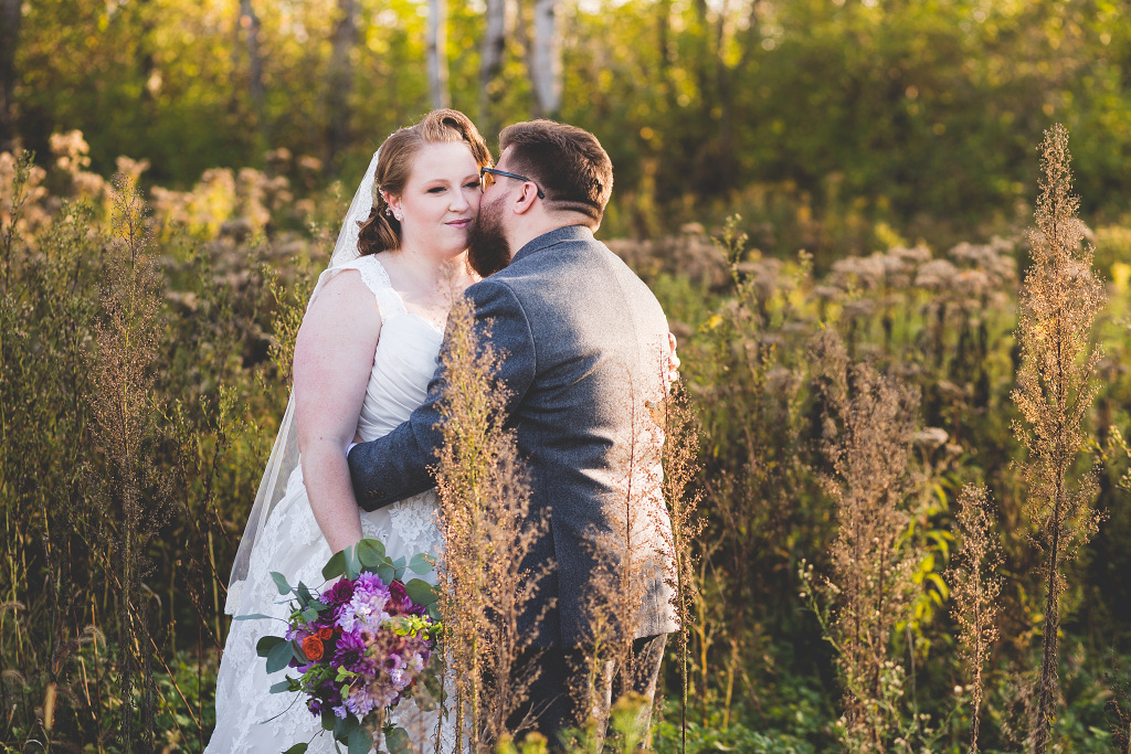 REAL WEDDING | Rustic and Vintage New York Wedding | Jay Zhang Photography | Pretty Pear Bride