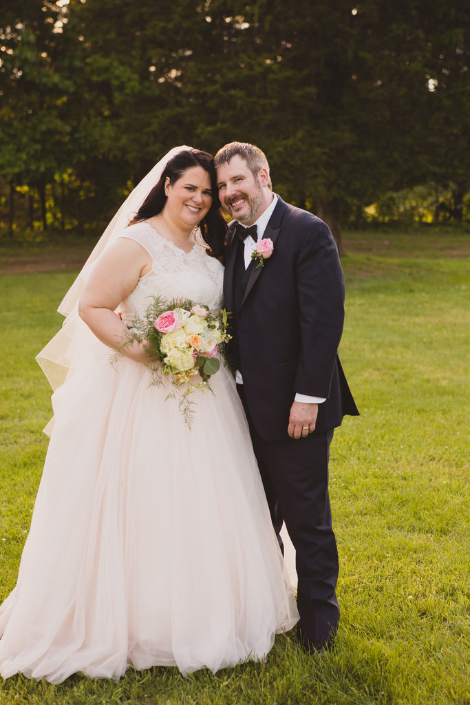 PLANNING | Stop Stressing! Let Love Rule Your Wedding Day | Pretty Pear Bride