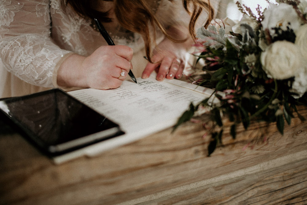 REAL WEDDING   Intimate and Romantic Elopement Style Lake Wedding in Canada   Dani Photography   Pretty Pear Bride