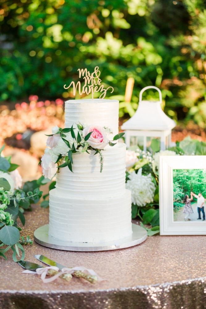 Romantic Garden Wedding,wedding cake