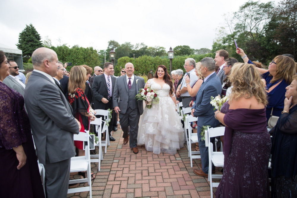 REAL WEDDING: Rustic Chic, Wine and Pizza Themed Fall Wedding in Long Island | Silver Fox | Pretty Pear Bride REAL WEDDING: Rustic Chic, Wine and Pizza Themed Fall Wedding in Long Island | Silver Fox | Pretty Pear Bride