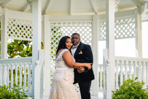 ENGAGEMENT | Elegant Nautical Engagement Session in The Bahamas | Lyndah Wells Photography