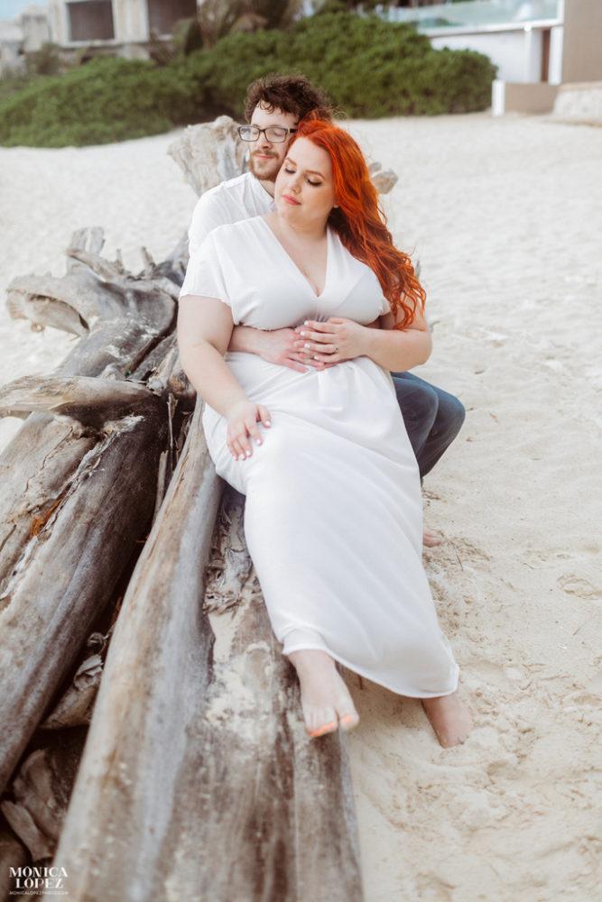 ENGAGEMENT | Mexico Beach Engagement Session | Monica Lopez Photography | Pretty Pear Bride
