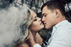ENGAGEMENT | Intimate and Sultry Rustic Mountain Session in Colorado | Brittany Photographs | Pretty Pear Bride