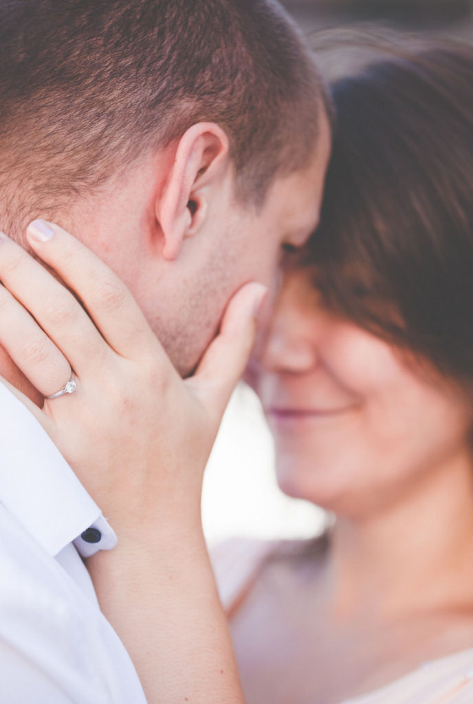 ENGAGEMENT | Europe Engagement Session in Czech Republic | Studio Under The Sky | Pretty Pear Bride