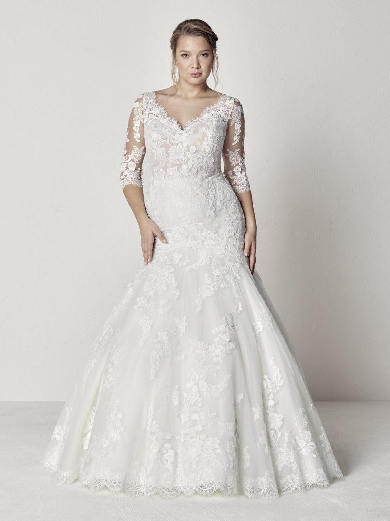 Plus Size Wedding Dress Designer | Pronovias | Pretty Pear Bride