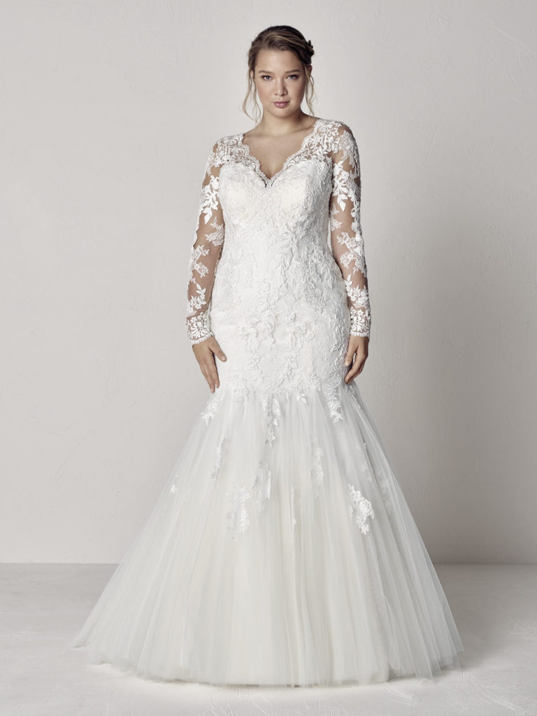 Plus Size Wedding Dress Designer | Pronovias | Pretty Pear Bride