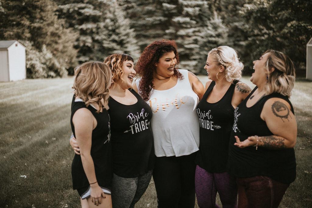 plus size bride, plus size bridal party shirts, bridesmaids