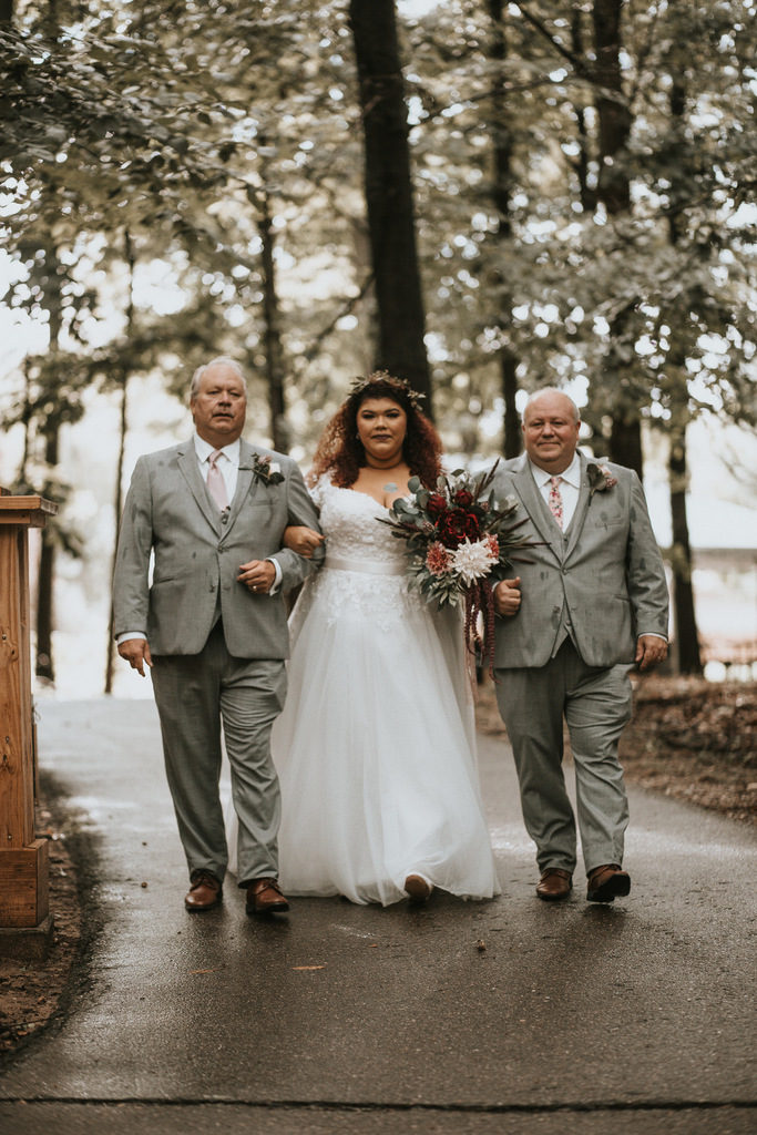 plus size bride, plus size wedding gown, plus size wedding dress
