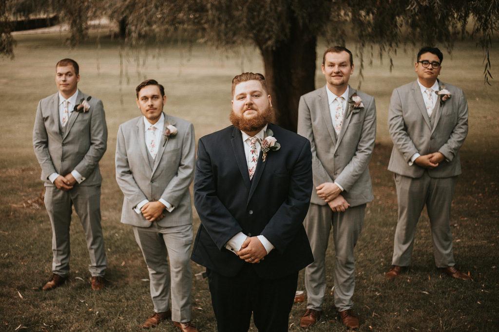groomsmen, plus size groom