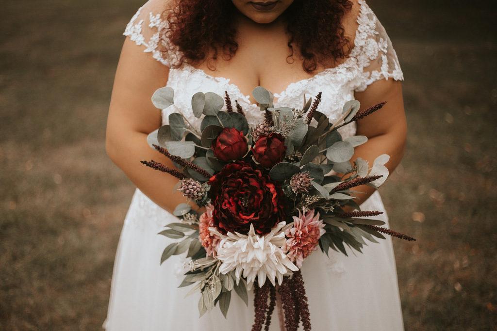 plus size bride, plus size wedding gown, wedding bouquet