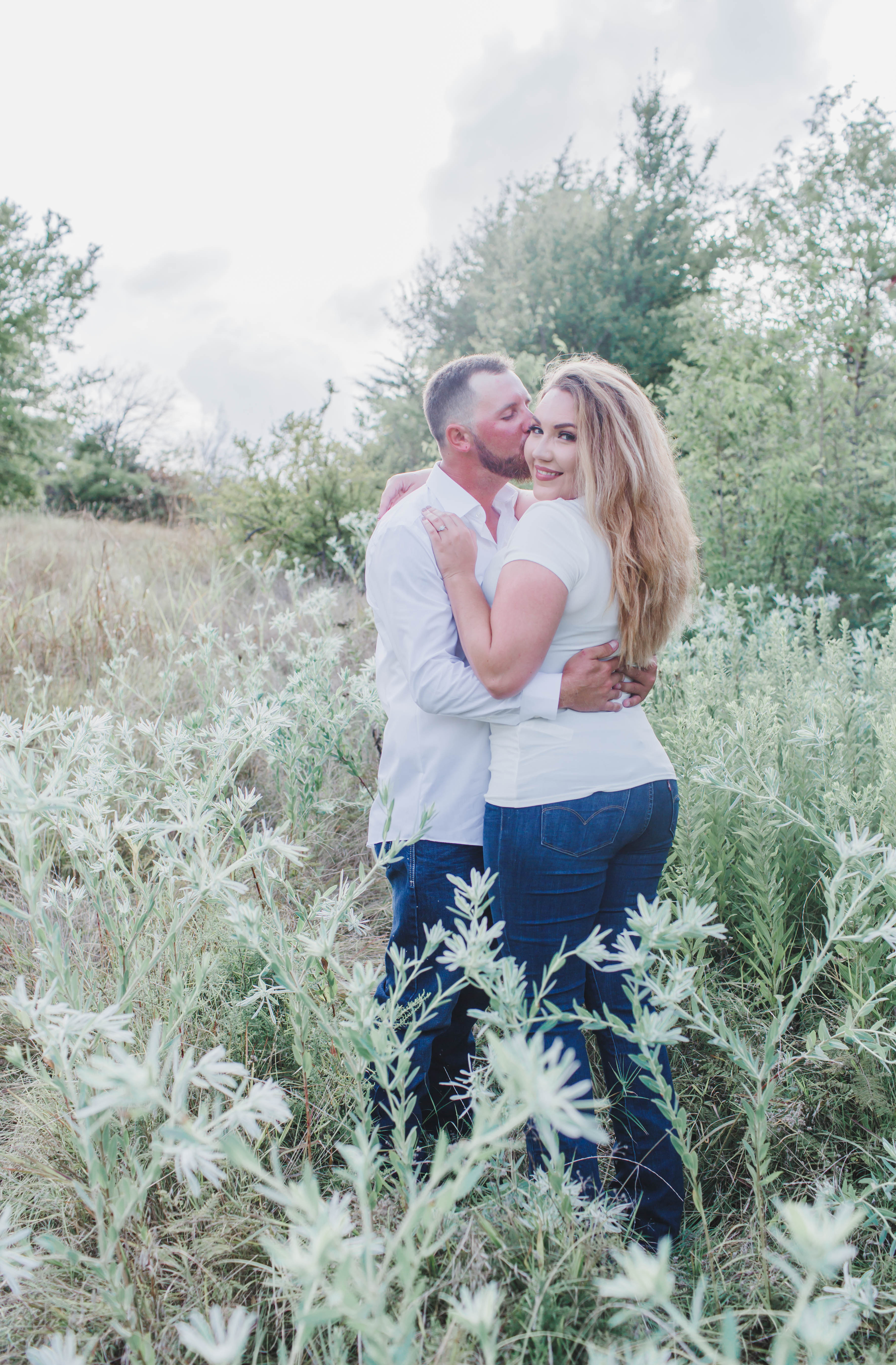 ENGAGEMENT  Outdoor Engagement Session in Texas Nature Preserve   Pretty Pear Bride