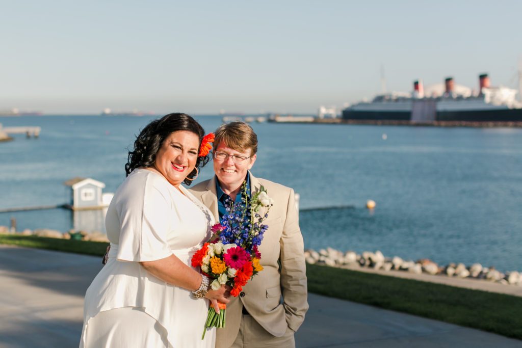 REAL WEDDING |Long Beach Lighthouse Elopement | Jessica Schilling Photography | Pretty Pear Bride