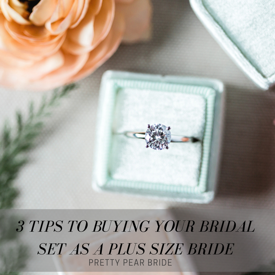 3 Tips to Buying Your Bridal Set Online As A Plus Size Bride | Pretty Pear Bride