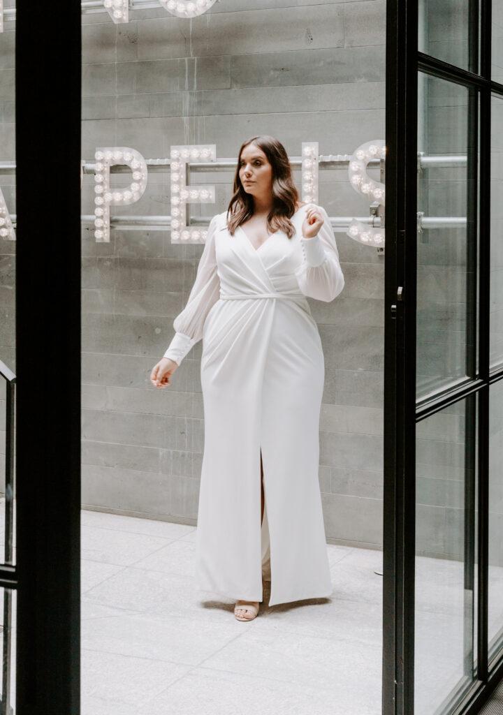 plus size bride, plus size wedding dress