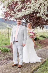 plus size bride, plus wedding dress, groom