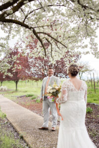 plus size bride, plus size wedding dress, plus size first look