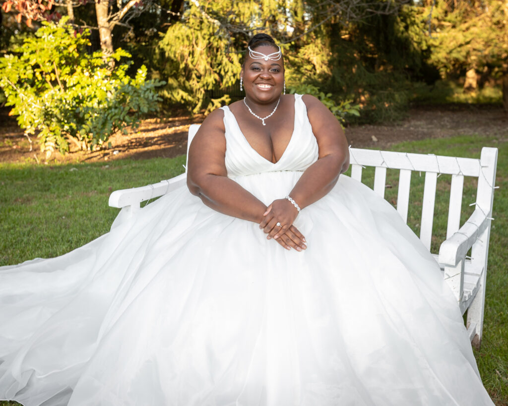 plus size bride, plus size wedding dress, wedding bling