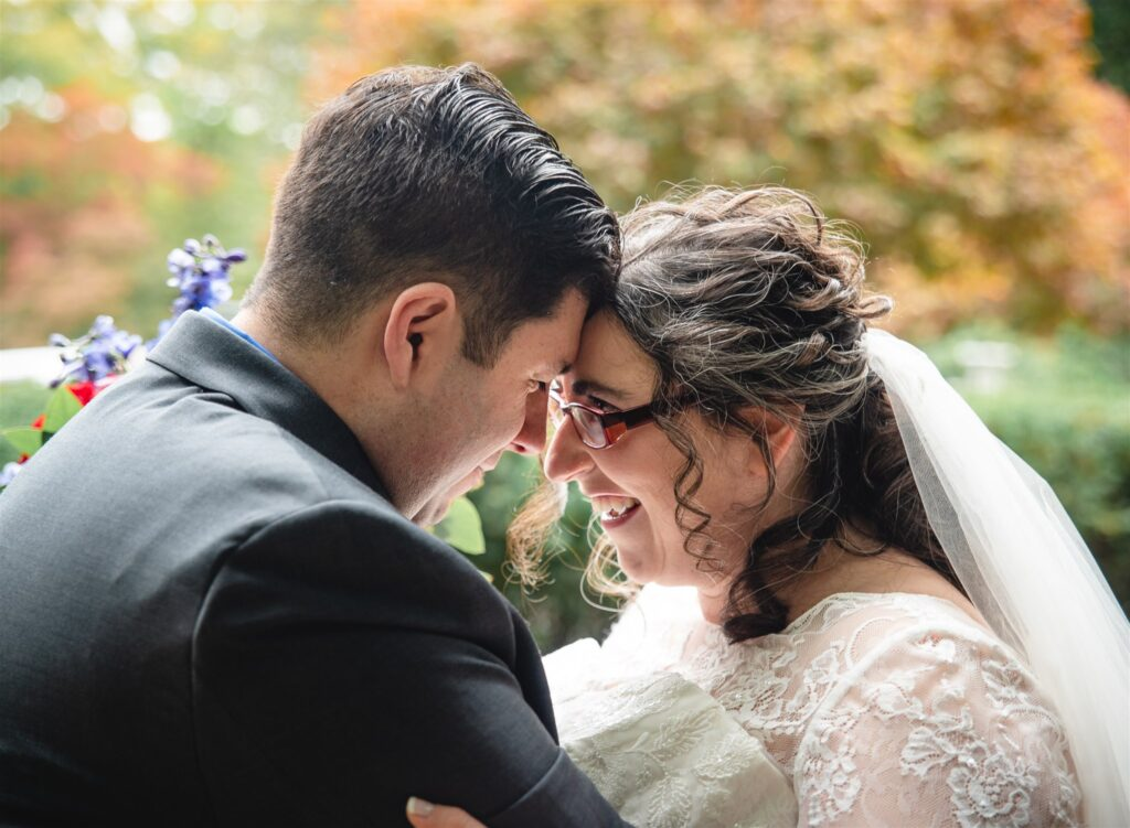 Real Plus Size Wedding | Beatles Garden Wedding | Emma Thurgood Photography | Pretty Pear Bride