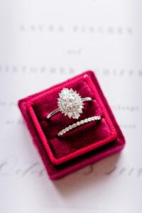 plus size bride, engagement ring