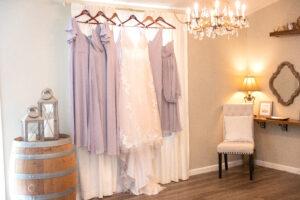 plus size bride, plus size wedding dress, rustic wedding